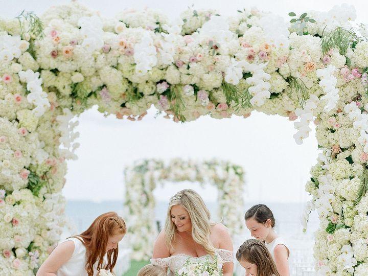 Tmx 1530051557 45ca154acb73759e 1530051555 8efda8c62bf723e4 1530051533254 27 EDP 439 Copy Miami, FL wedding florist