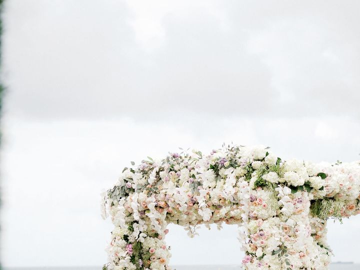 Tmx 1530051559 859aad4c99491a5a 1530051557 791b42ecebfd9537 1530051533256 30 EDP 461 Copy Miami, FL wedding florist
