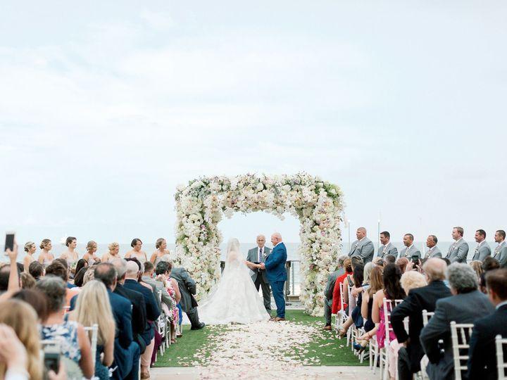 Tmx 1530051576 Abc9c377a6fa3c38 1530051573 Dd5be2549f9d471d 1530051533258 33 EDP 522 Copy Miami, FL wedding florist