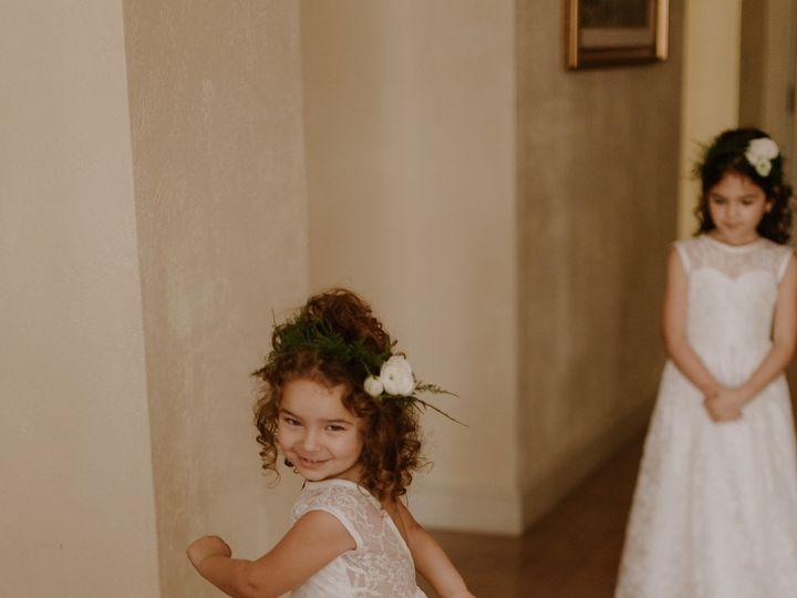 Tmx 1532025603 311dca03573de1f7 1532025599 08651546643f07eb 1532025588317 2 DEANNA JEFF MARRIE Miami, FL wedding florist