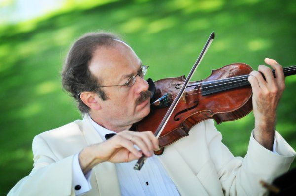 Robert Connell, violinist