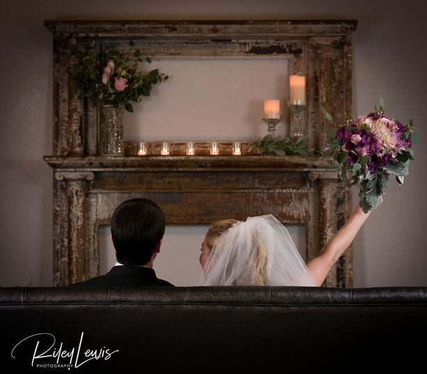 Mantel Décor by Afterglow Events