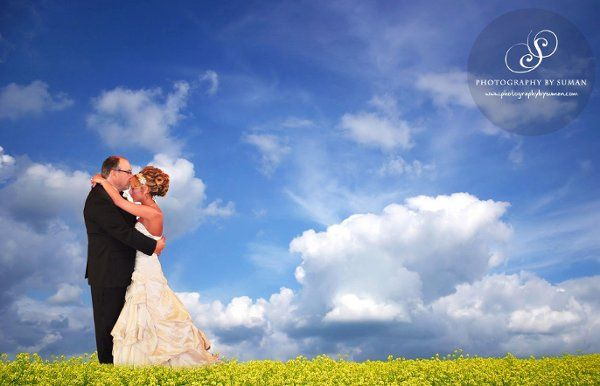 The happily married Paul and Melody: Suman Chaudhuri Photographer