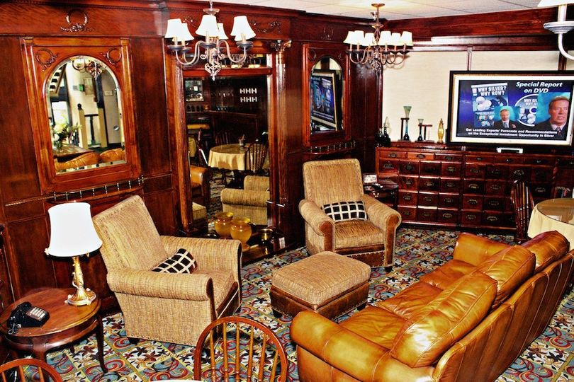The Apothecary Lounge featuring items from Ulysses S. Grant's hometown.
