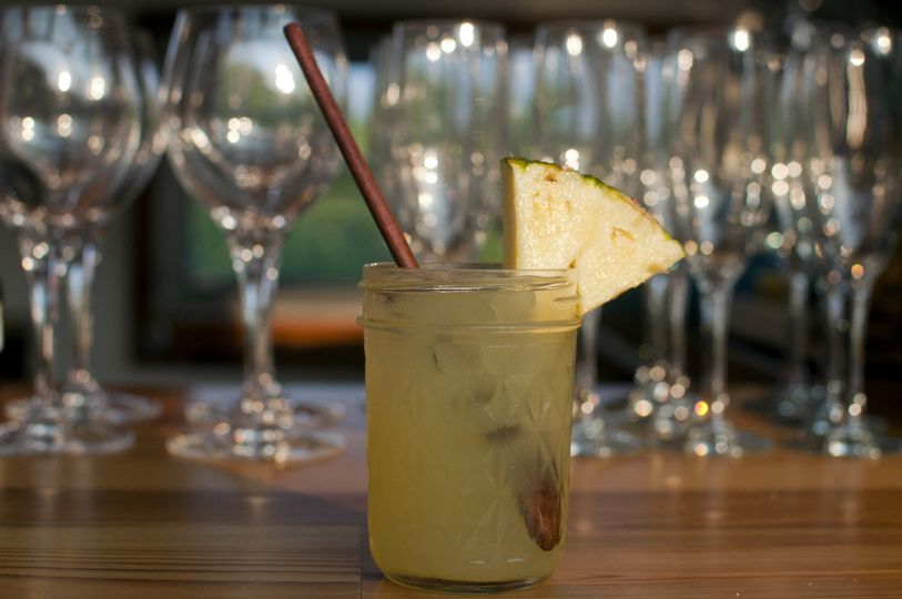 Rum // Pineapple // Handcrafted Gingerbeer