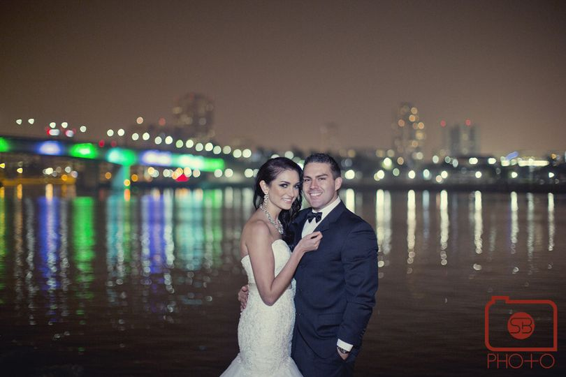 800x800 1365891279822 bride and groom at bridge 2