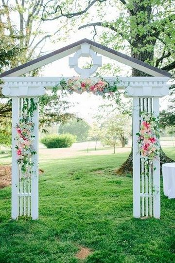 800x800 1389267256390 southern wedding floral arch