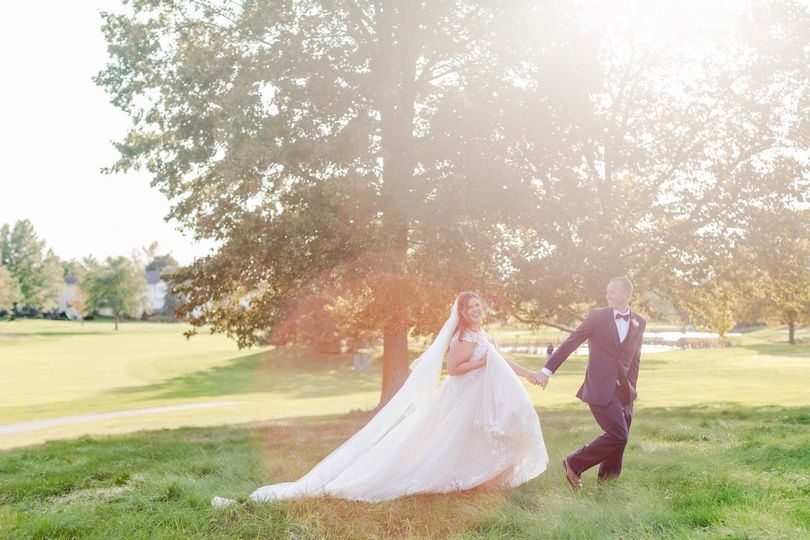 Flowing gown - Heather Heigel Photography