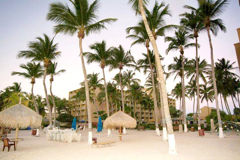 Holiday Inn SunSpree Resort Aruba-Beach Resort & CasinoOur porte cochere entrance, with...