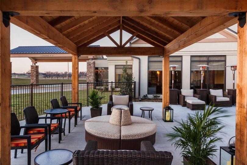 hgi denison outdoor patio 1011281