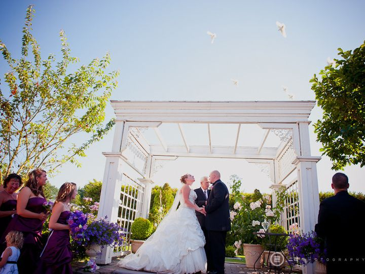 Tmx 1453667607551 With Doves By C2 Photography Enumclaw, Washington wedding venue