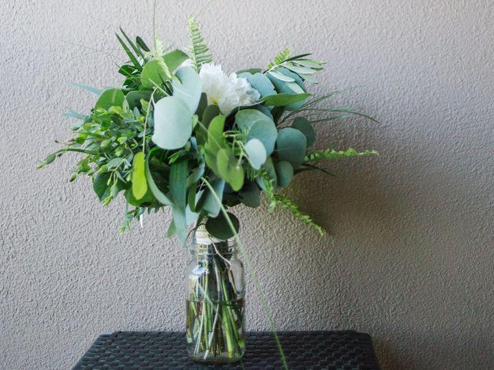Tmx 1517520434 7776acb628f95b96 1517520432 A94e5afa39678416 1517520432600 20 Rob Lauren Rob La Whitehouse Station, New Jersey wedding florist