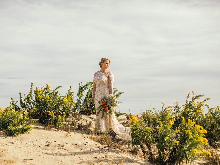 Tmx 1537905860 D519745ddf93e35b 1537905859 0fad0675a5892981 1537905858765 6 Bride.bouquet Whitehouse Station, New Jersey wedding florist