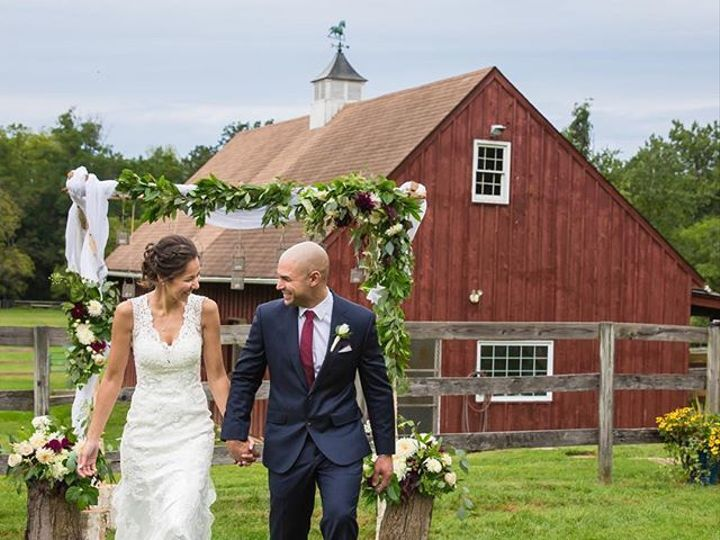 Tmx 1537908178 F27f7636d30f95e4 1537908177 17814b2ed57a11e8 1537908176993 17 41454588 17237781 Whitehouse Station, New Jersey wedding florist