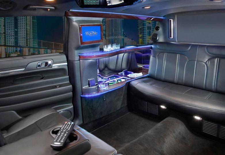 6-passenger Stretch Limousine