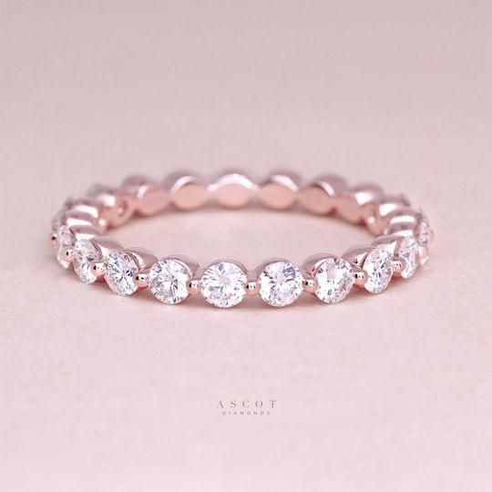 Bubble diamond wedding ring in rose gold