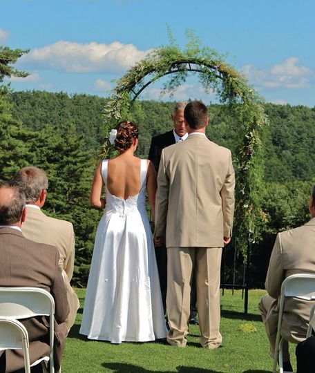"""I Do"" outdoors on First Tee."