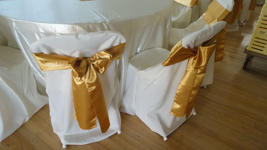 Gold chair bows