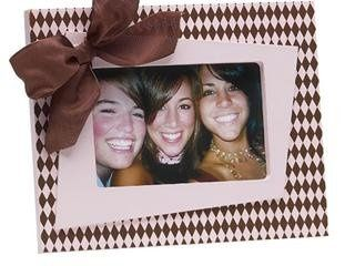 Frame - with Bow in Brown