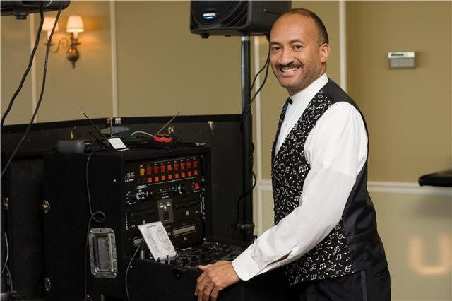 DJ Gary Whitaker, Strictly Entertainment