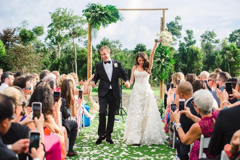 luxe rosewood baha mar bahamas destination wedding by lyndah wells photography 0002 51 437656 157624442935553