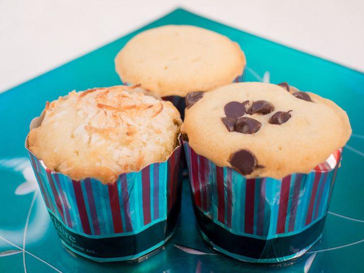 Tmx 1414088647813 Chocolatecoconutraisins Cupcakes San Francisco wedding favor