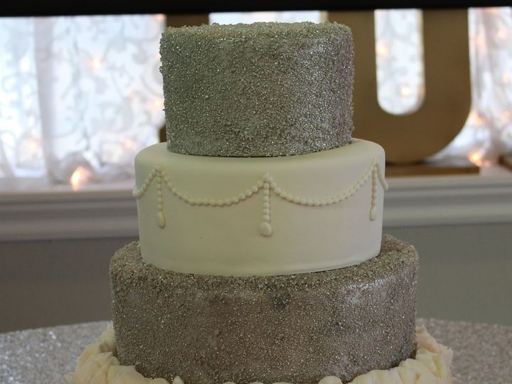 Tmx 1516336674 B271315c48cbc3da 1516336671 5ec0b1c01965fe6b 1516336662740 8 IMG 0543 Arlington, Texas wedding cake