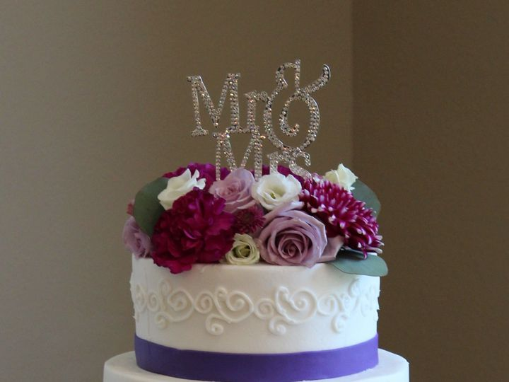 Tmx 1516336681 6949d585d97c172e 1516336679 2b10c4262e20b47c 1516336662608 3 IMG 0296  2  Arlington, Texas wedding cake