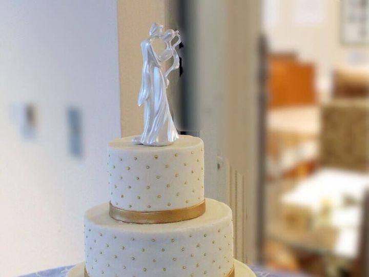 Tmx 1518147278 85f8230a0326836a 1518147277 18d9e637dae8984b 1518147276286 15 1 Arlington, Texas wedding cake