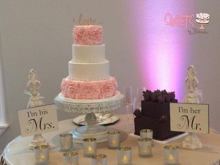 Tmx 1518147390 Df7de4f4e389039e 1518147389 3a9b8816433bdcf0 1518147388977 30 18 Arlington, Texas wedding cake