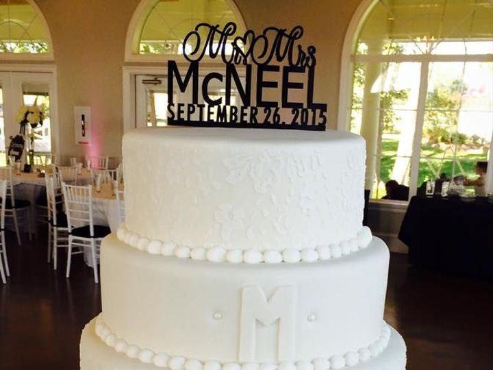 Tmx 1518147477 Dc3ef398ce89e132 1518147476 8559c8be37395ce9 1518147475841 42 34 Arlington, Texas wedding cake