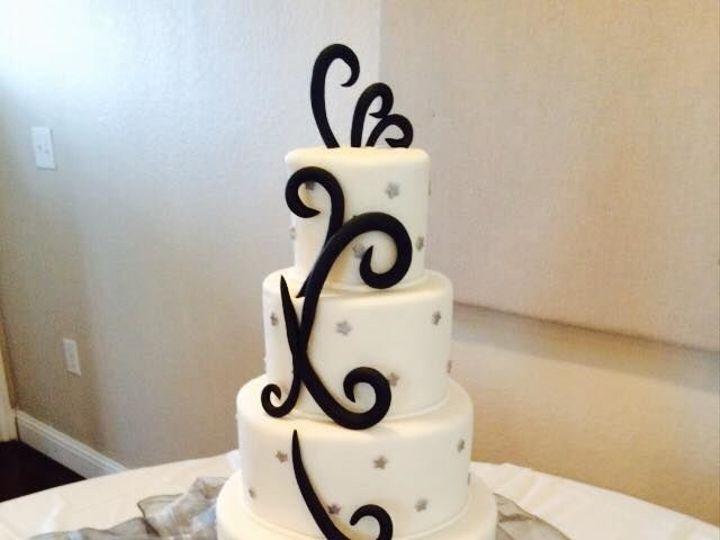 Tmx 1518147507 E6ce29ccb4adace1 1518147506 2d063e347e8dcb4d 1518147506378 44 43 Arlington, Texas wedding cake