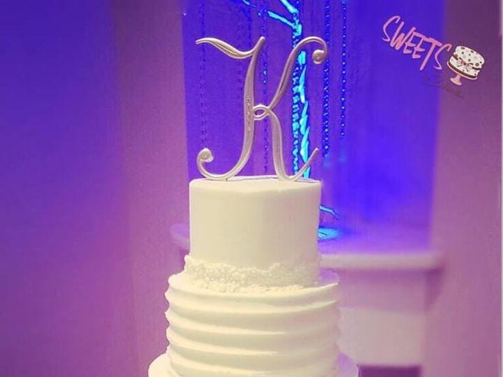 Tmx 1518149449 F2f59c962d9d20d8 1518149448 78bccce053d38faf 1518149447030 20 67 Arlington, Texas wedding cake