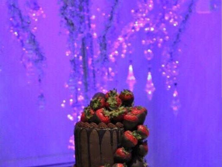 Tmx 1538967966 580f1c1f149bb135 1538967965 826e906e0536cfeb 1538967963176 3 Grooms11 Arlington, Texas wedding cake