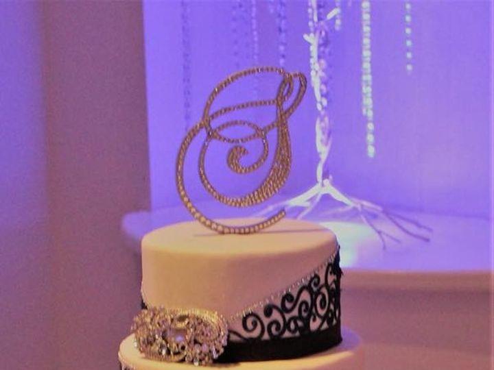 Tmx Wedpic6 51 764756 1555462725 Arlington, Texas wedding cake