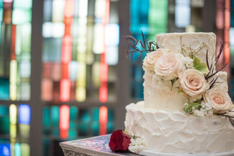 Wedding cake Unbridled Dreams Photography