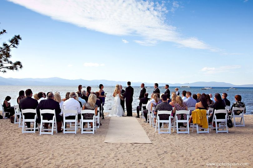 Beach front weddings with breataking views!