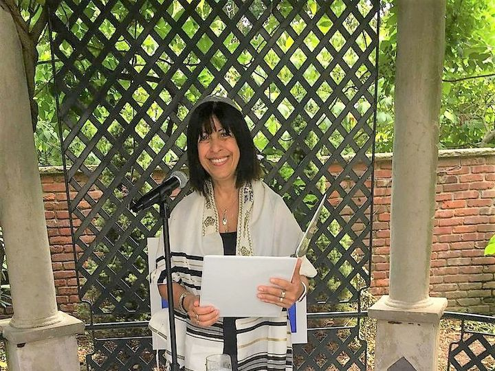 Tmx 1520013459 57b9201fdaf8844f 1520013458 720da0230b957e52 1520013457146 4 Rabbi Sara Woodbury, NY wedding officiant