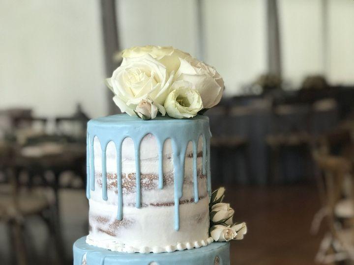 Tmx 1537204529 56a1a92a1085a65f 1537204526 14d07c258fdd3c88 1537204518808 5 IMG 5807 Cincinnati wedding cake