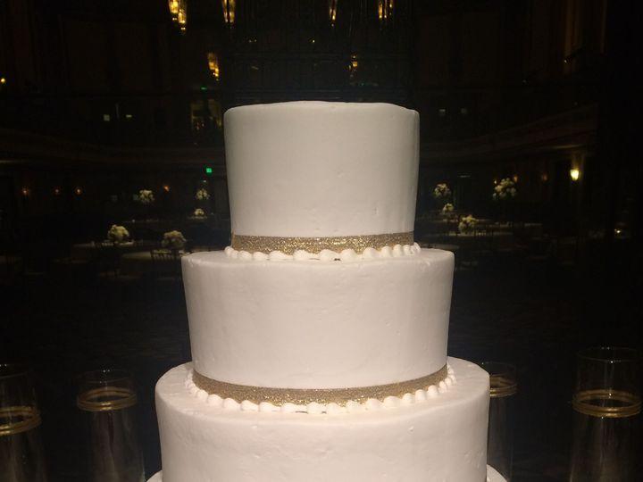 Tmx 1537205838 De435214d602be87 1537205835 84e3a5b586367a5e 1537205831181 15 IMG 3456 Cincinnati wedding cake