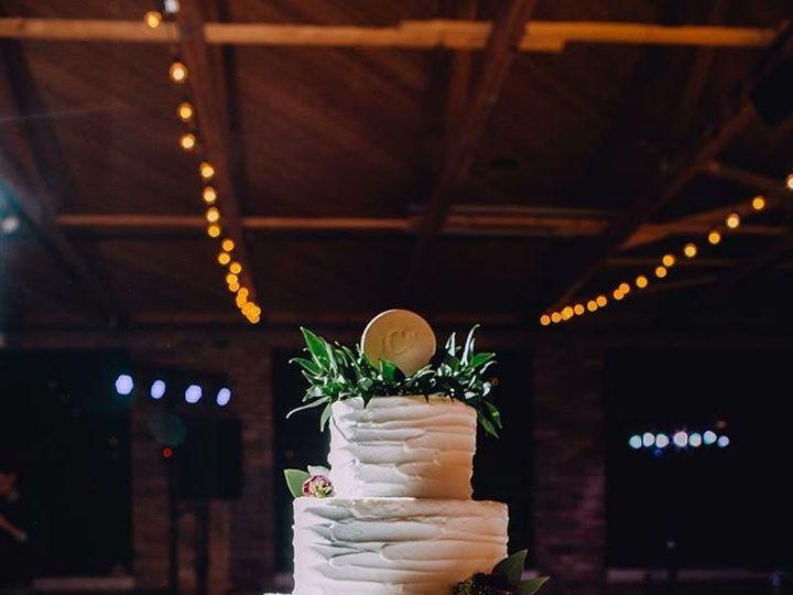 Tmx 1537205843 48a8e15e6ccec2e9 1537205841 Bca74d95bae3a652 1537205831184 20 IMG 1457 Cincinnati wedding cake