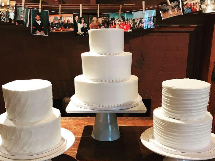Tmx 1537205846 A4e52b13884149bb 1537205841 80abd0ad1b9b68e2 1537205831185 21 IMG 1555 Cincinnati wedding cake