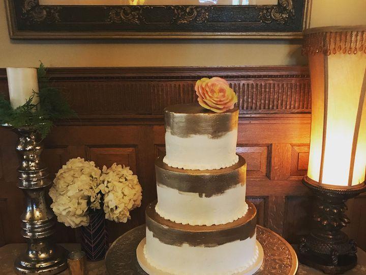 Tmx 1537205859 44fb841f0030de37 1537205855 4d819cfef492774b 1537205831197 36 IMG 4405 Cincinnati wedding cake