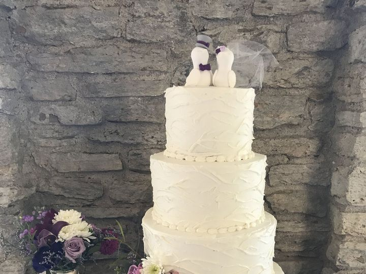 Tmx 1537205859 5feb68c4468c8566 1537205854 495d3dbaa1a6a6f3 1537205831195 32 IMG 2864 Cincinnati wedding cake