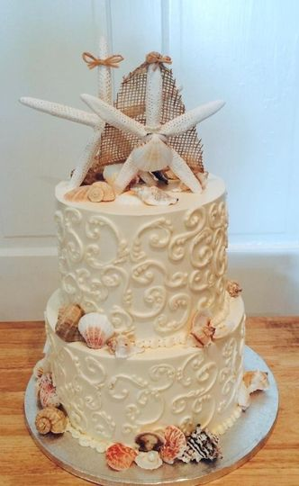 Destination Wedding Cake with Chocolate Shells
