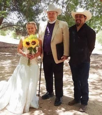 A wedding on the banks of the San Joaquin River