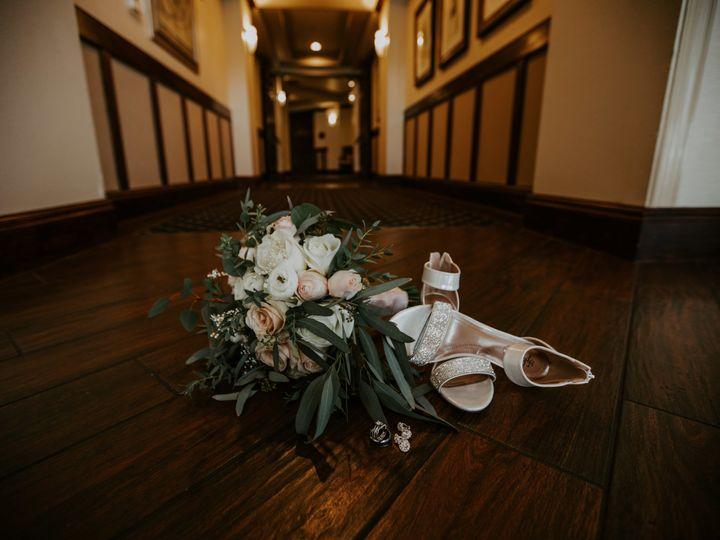 Tmx 1526311878 A69c50d0b90040b0 1526311874 B25a0d0af7dc6e42 1526311872380 1 1Q5A0305 Sarasota, Florida wedding photography