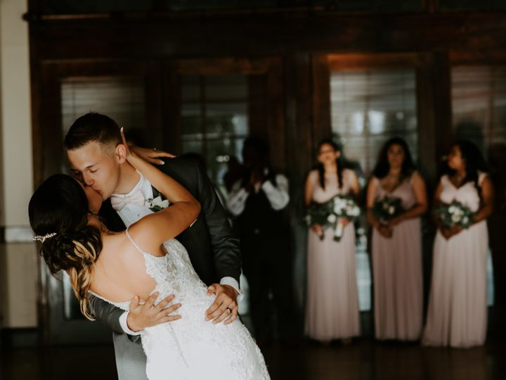 Tmx 1526311898 72c4ce754f3fc35b 1526311892 0776844ae9ad5718 1526311872402 10 1Q5A9543 Sarasota, Florida wedding photography