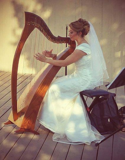 bride harpist
