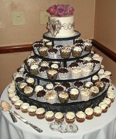 Tmx 1244213049359 Cupcakes Danvers, MA wedding cake